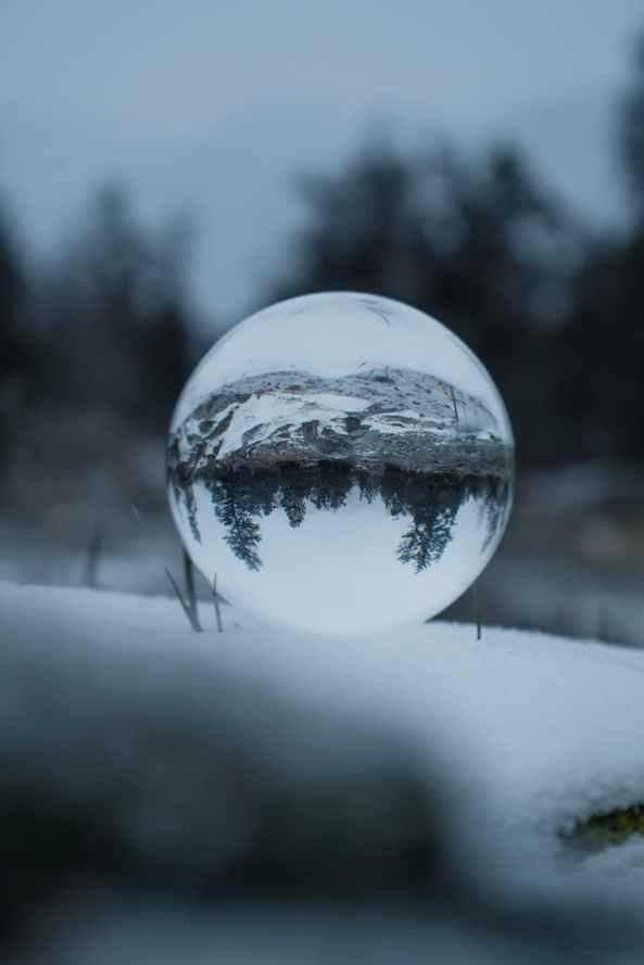 close up photo of lensball